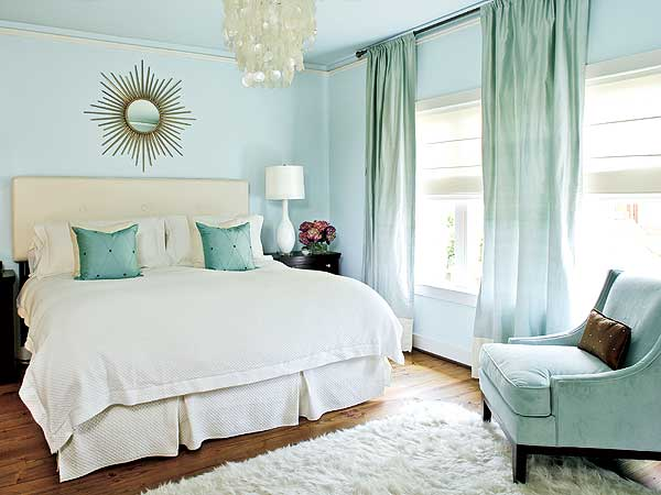 Bedroom d cor color me serene vainchic for Calm and serene bedroom ideas